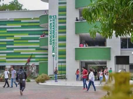 Rector de Unicordoba gestiona computadores, internet y alimentación para los estudiantes