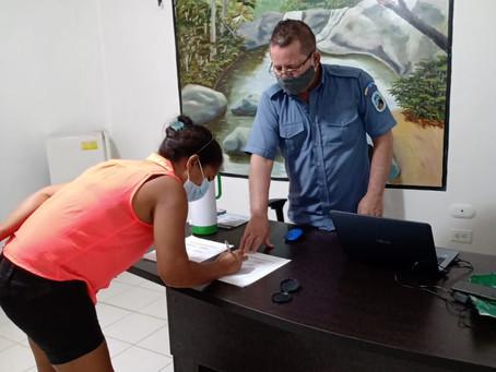33 familias de Bolívar firman acuerdos para proteger el Santuario de Flora y Fauna Los Colorados