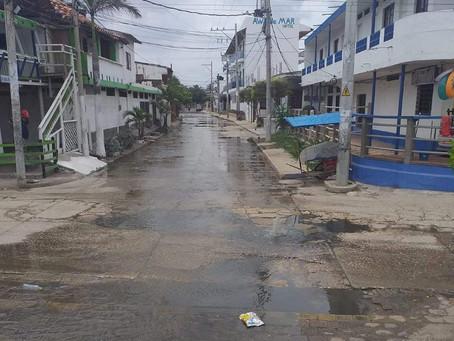 Deterioro del sistema de alcantarillado causa molestias a habitantes de Tolú