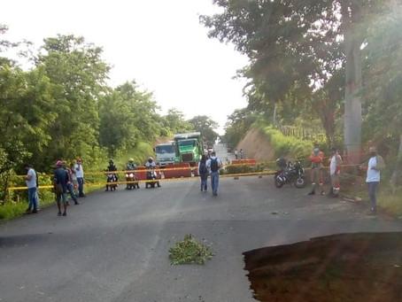 Establecen cierre total de la vía San Onofre - Cartagena