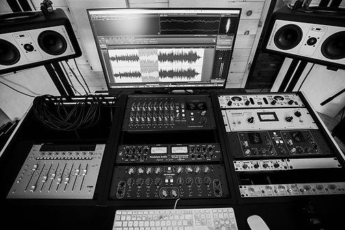 Studio_Feb_2020_Mono_05_FC_Sml.jpg