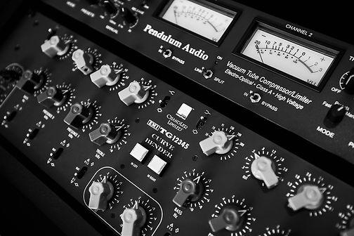 Studio_Feb_2020_Mono_03_FC_Sml.jpg