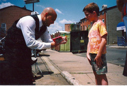 My young fans are my favorite (Baltimore) ( Joey S