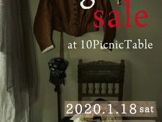 Garage sale at 10picnictables