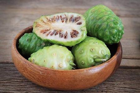 Noni, uma boa fruta para combater o Câncer!