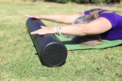 Girl-with-arms-on-foam-roller