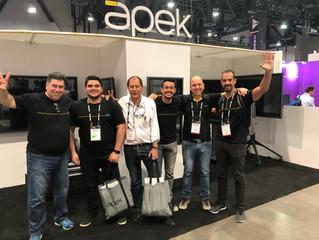Stand da Apek International faz sucesso na Infocomm 2018