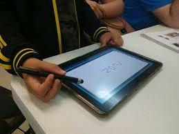 Tecnologia e alfabetização: uso correto ajuda a estimular o desenvolvimento das crianças