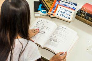 Projeto da UFJF oferece cursos de idiomas gratuitos para a comunidade