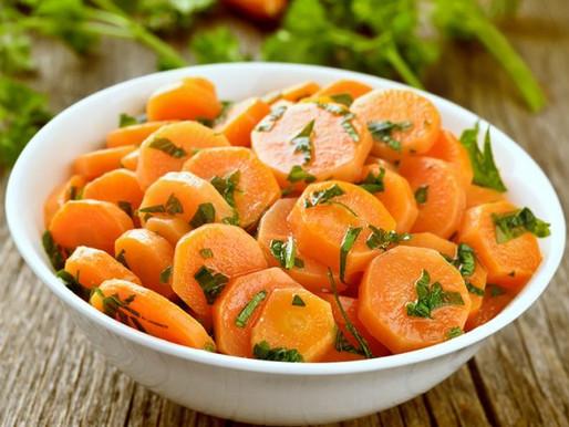 Cenoura na Manteiga com Salsinha