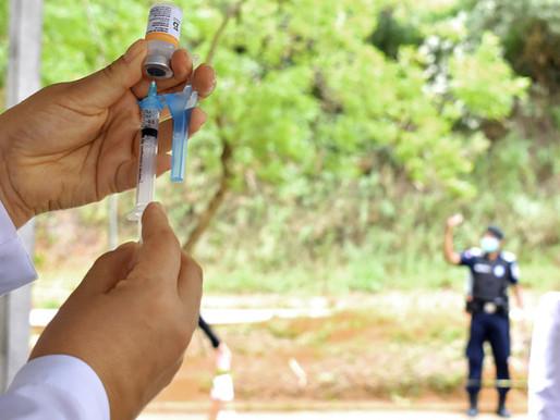 Vacinação contra a Covid-19 acontece somente pela manhã neste sábado (1º), em Juiz de Fora