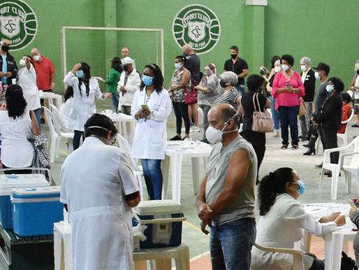 JF supera 250 mil pessoas imunizadas contra Covid e Sport deixa de ser ponto de vacinação