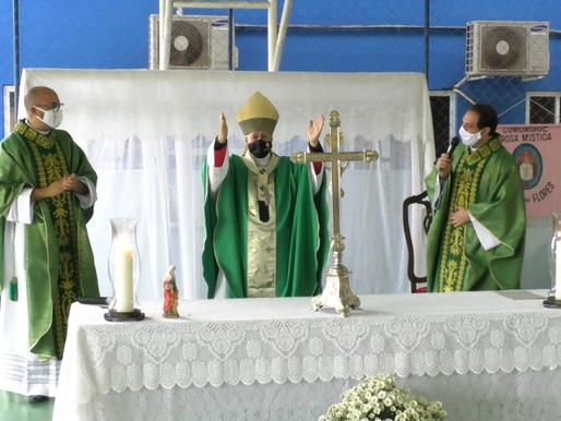 Dom Gil realiza cerimônias de posse em Chiador e Santana do Deserto