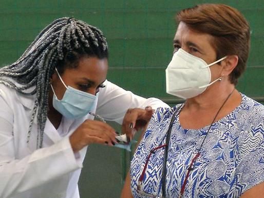 Vacinação contra a Covid e Influenza ocorre em horários alternados nas UBSs a partir de quarta, 14