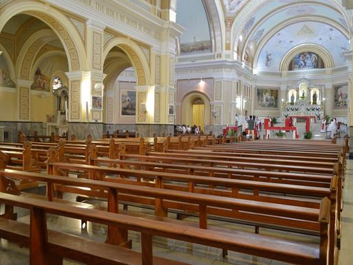 Arcebispo determina suspensão de celebrações presenciais