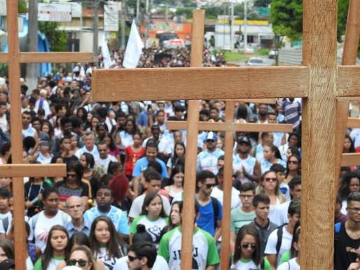 Via-Sacra Sinodal da Juventude acontece na Catedral neste domingo (28)