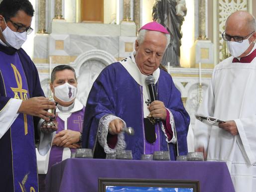 Dom Gil celebra Quarta-Feira de Cinzas na Catedral Metropolitana