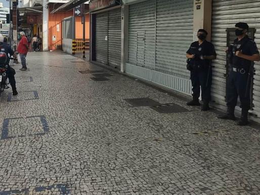 Governo anuncia que Minas Gerais segue na onda roxa até a Páscoa