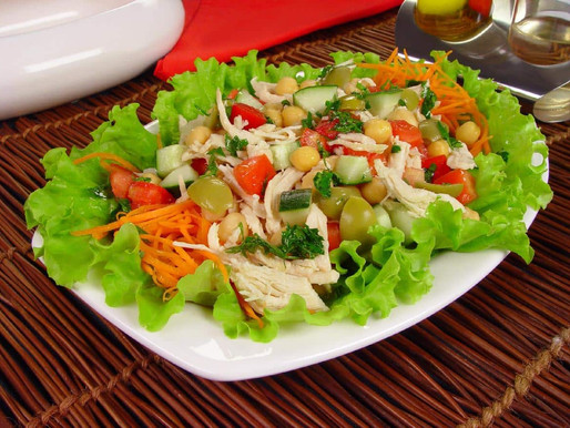 Salada de Grão-de-bico com Frango