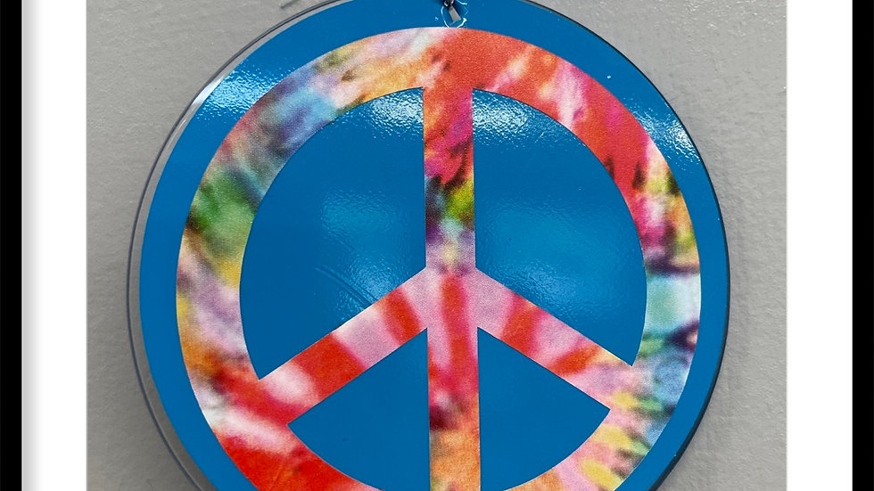 Tie-dye peace sign keychain
