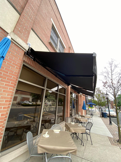 Retractable Awning For Deck or Patio | Manhattan NY