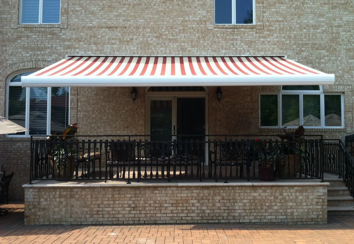 Retractable Awning For Deck or Patio | Middle Village NY