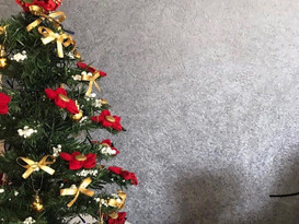Holiday spirit with Silk Wallpapers