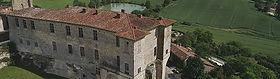 ruelles médiévales, château 17eme, plus beau village de France