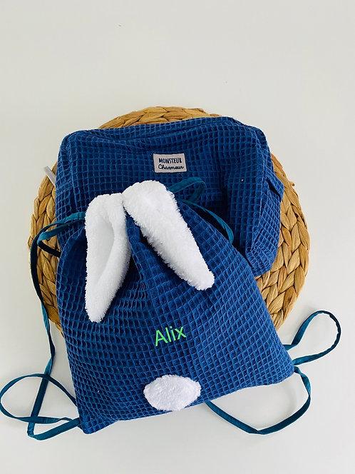 """Ensemble """"Clé en main"""" : sac à dos et trousse de toilette"""