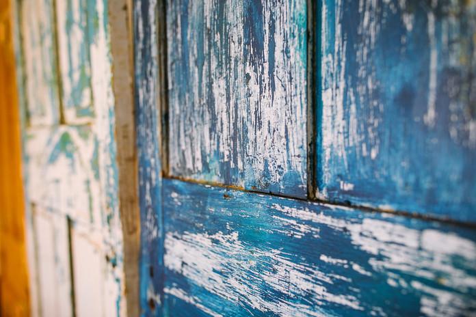 Studio D -Rustic Door Backdrop