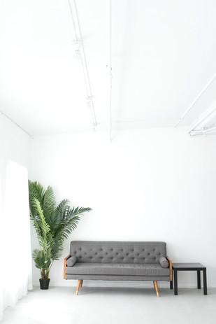 Studio C - Lounge Vertical
