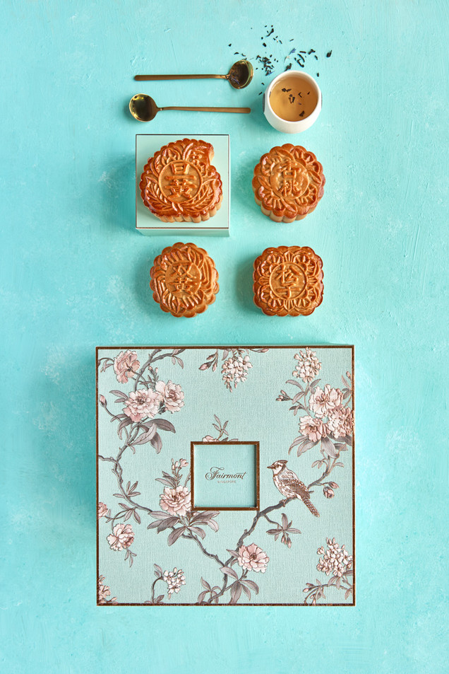 050719-fairmont-singapore-mooncakes6914.