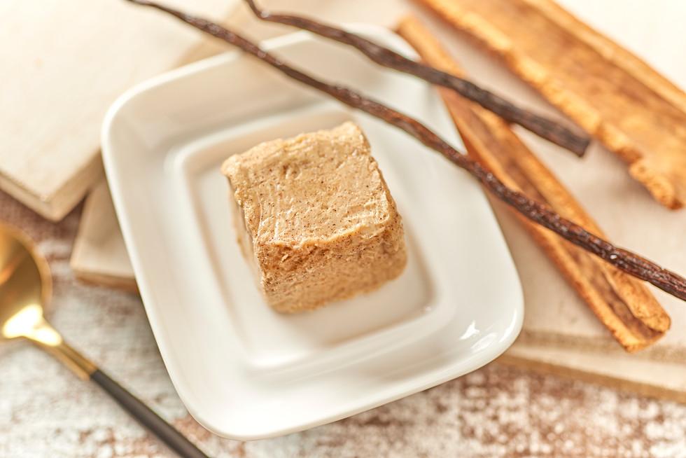 Vanilla & Cinnamon 18012113445.jpg