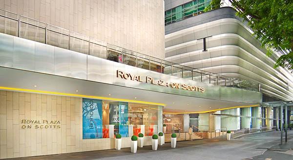 071014-royal-plaza-on-scott106766r.jpg