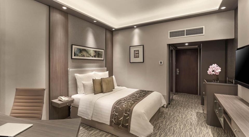 102117-m-hotel10753.jpg