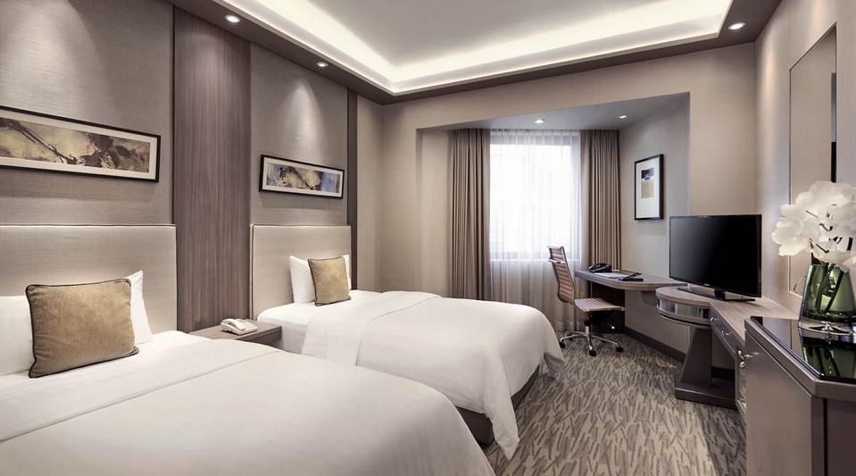 102117-m-hotel10832.jpg