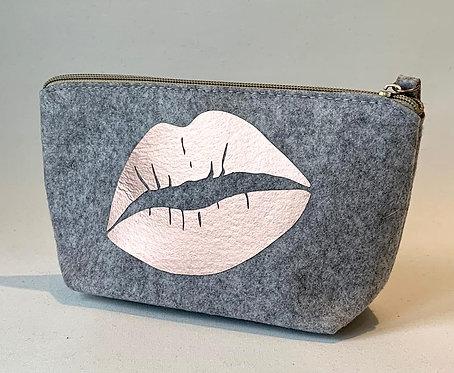 Small Make Up Bag - Lips