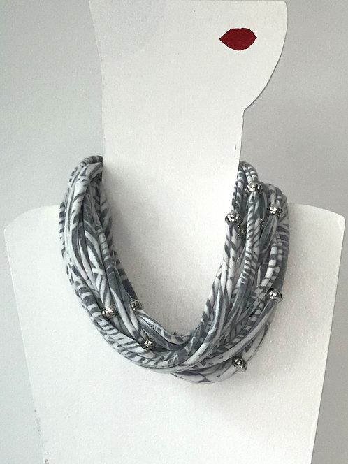The Necklace - Black Leaf