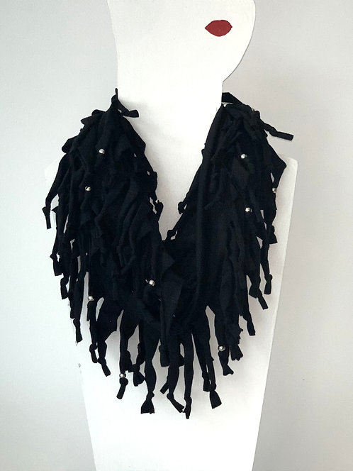 The Long Knotted Scarf - Black
