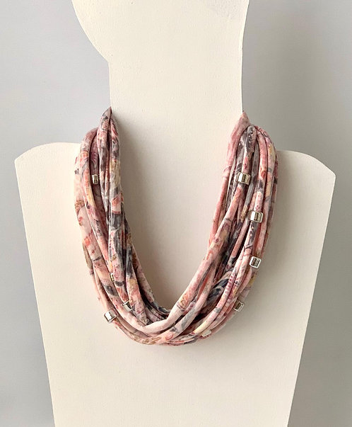 The Necklace - Coral Paisley