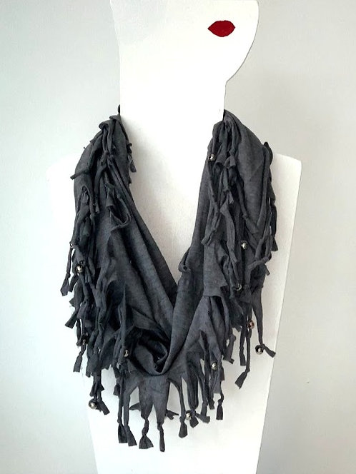The Long Knotted Scarf - Grey