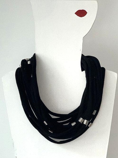 The Necklace - Black