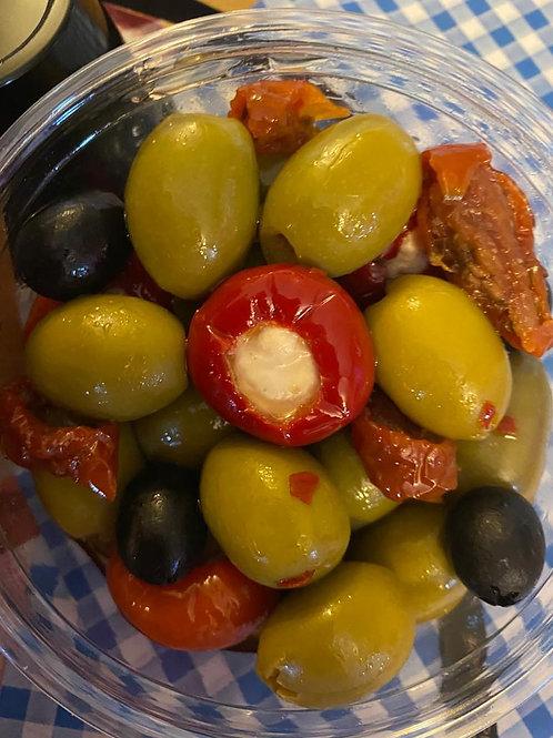 BYOBox- Chilli Olives