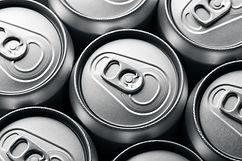 plain-aluminum-beverage-cans-CPMX8QN.jpg