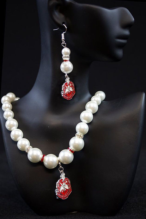 DST Pearl Necklace