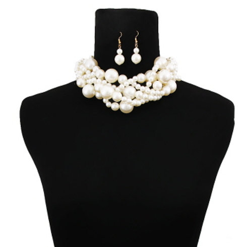 Cream Pearl Twisted Necklace