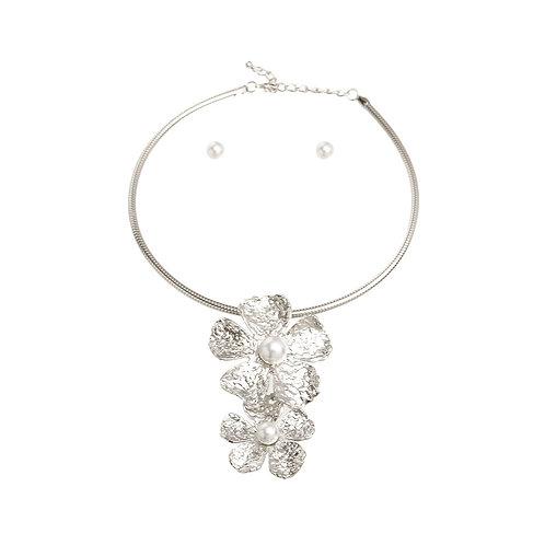 Silver Metal Flower Pearl Set