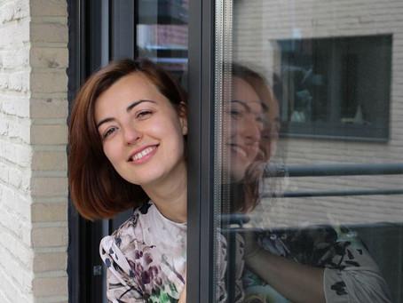Ontmoet Jasmina: verliefd op Leuven, verslaafd aan wandelen en altijd op zoek naar uitdagingen.