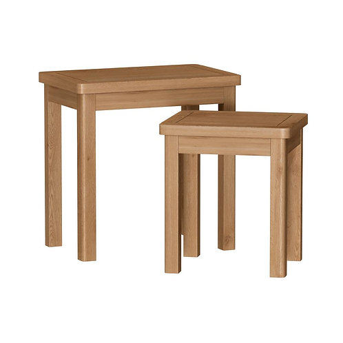 Vermont Oak Nest of 2 Tables