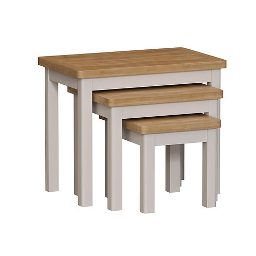Vermont Nest of 3 Tables